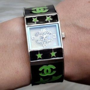 🔻30% OFF 2+ | Vintage CC Logo Cuff Watch